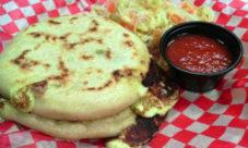 Comida típica de El Salvador: Las pupusas