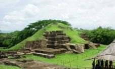 ¿Cuál es la herencia cultural de El Salvador?