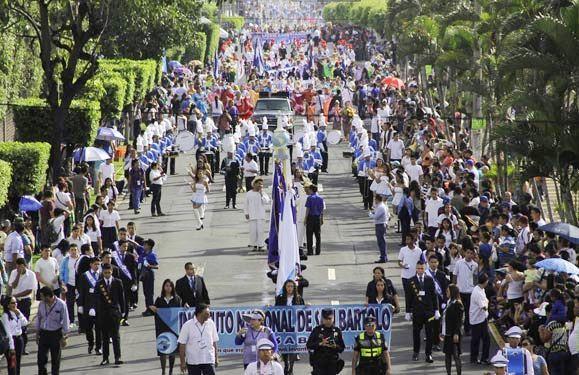 Cómo se celebra el día de la independencia en El Salvador