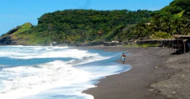 Playa Mizata (Sonsonate)