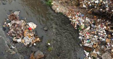 Existen más de 300 ríos salvadoreños que se encuentran contaminados y solamente el 5% de los ríos no están contaminados.