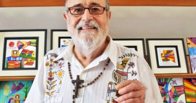 Biografía de Fernando Llort