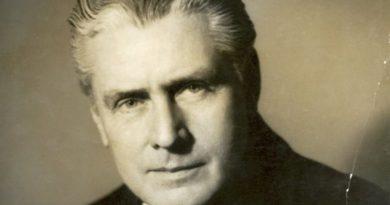 Salvador Salazar Arrué (biografía)