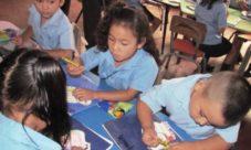 Deberes de los niños en El Salvador